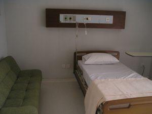 Gas-Medis-Rumah-Sakit-Bed-Sofa