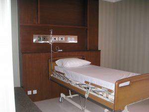 Gas-Medis-Rumah-Sakit-Bed