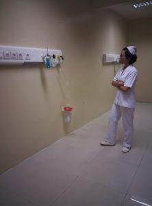 Gas-Medis-Rumah-Sakit-Bedhead-Nurse